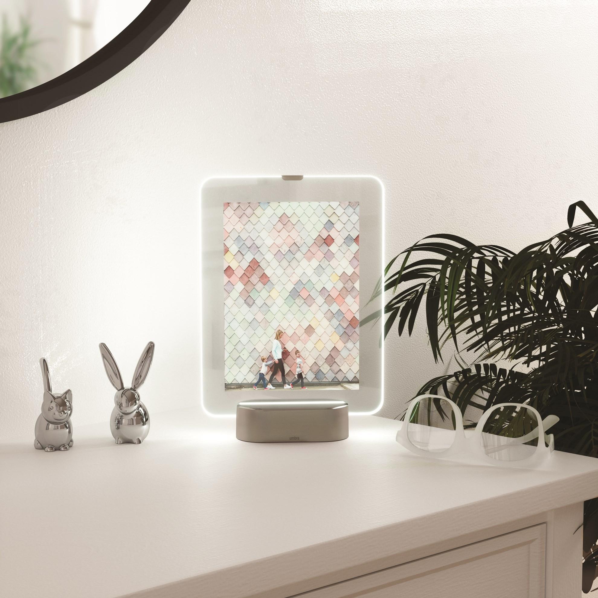LED fotorámeček GLO 10x15 cm nikl_7
