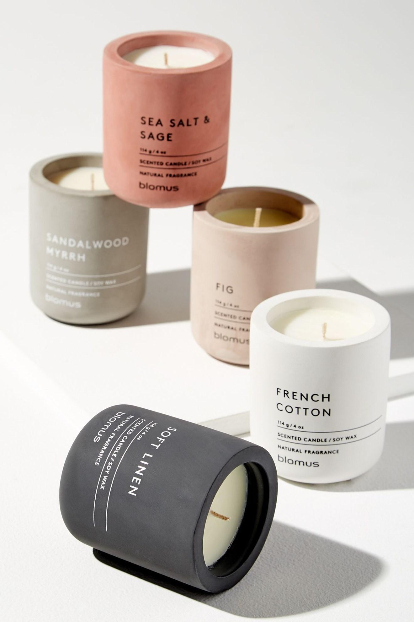 Obrázek z Vonná svíčka FRAGA L French cotton