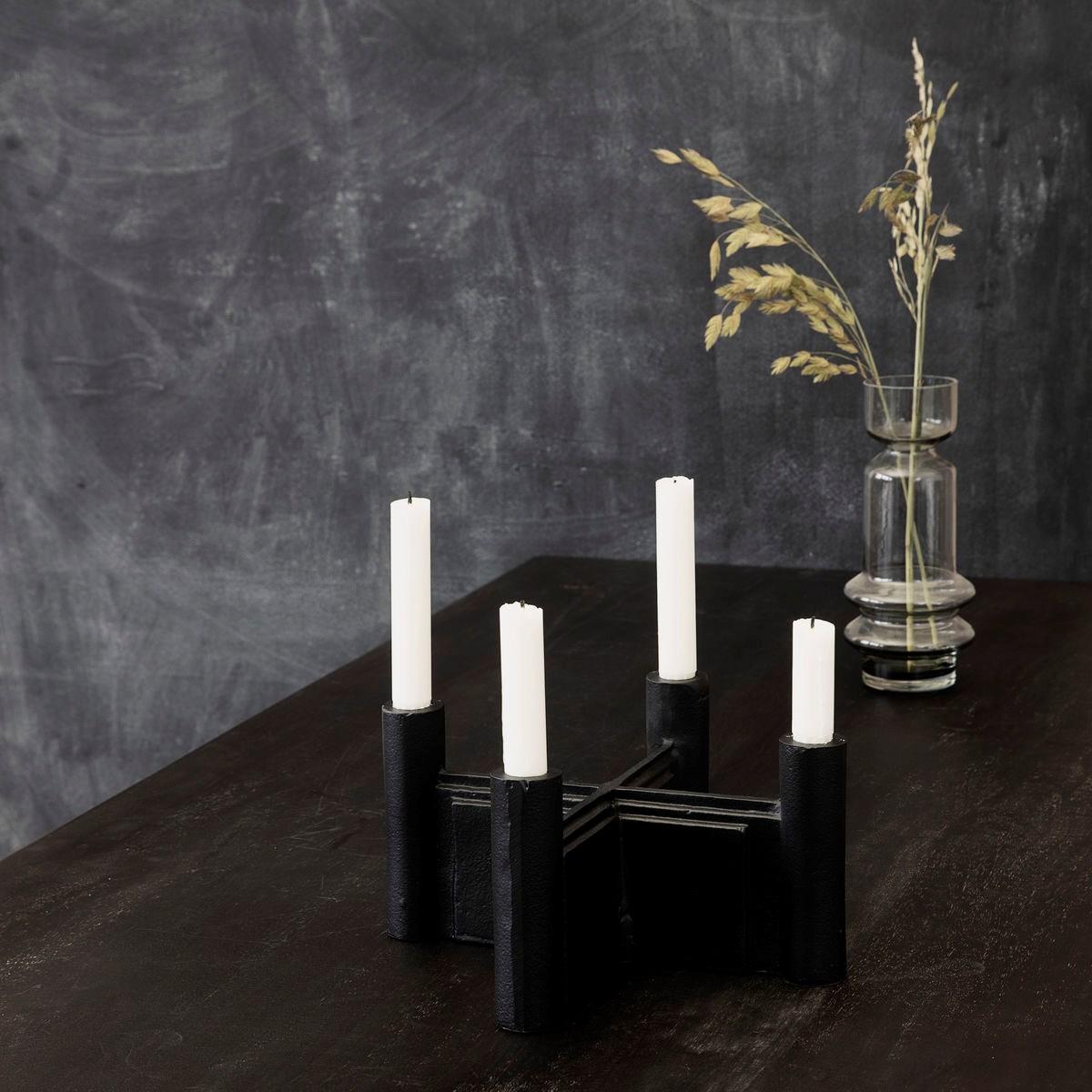 Svícen na 4 svíčky LAYERS černý_1