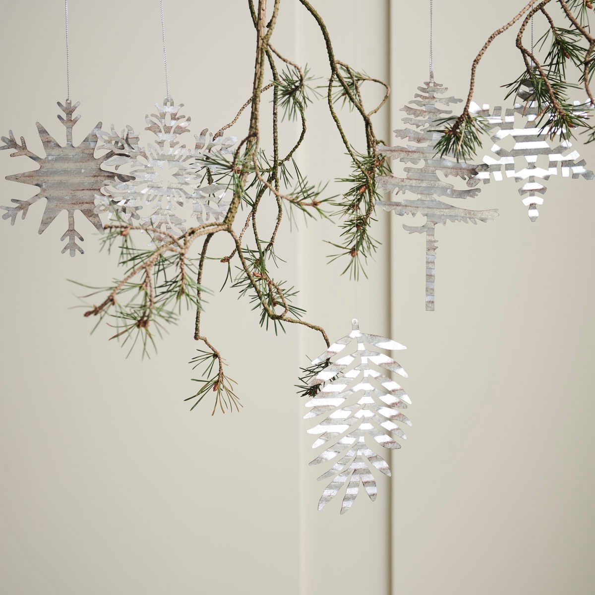 Dekorace plech. strom TREE stříbrný_3