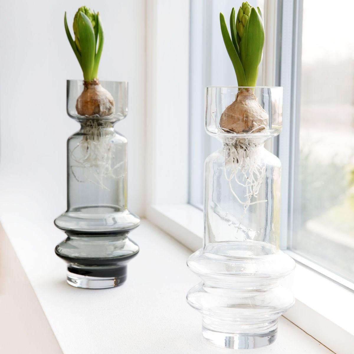 Skleněná váza SAPA kouřově šedá_1