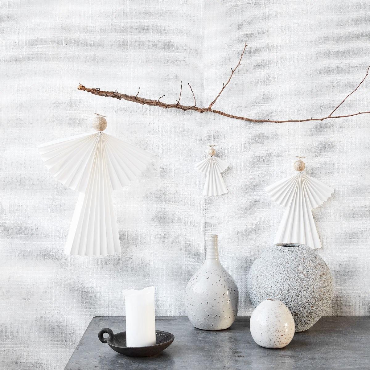 Vánoční ozdoba papírový anděl ANGELS 36 cm bílý_1