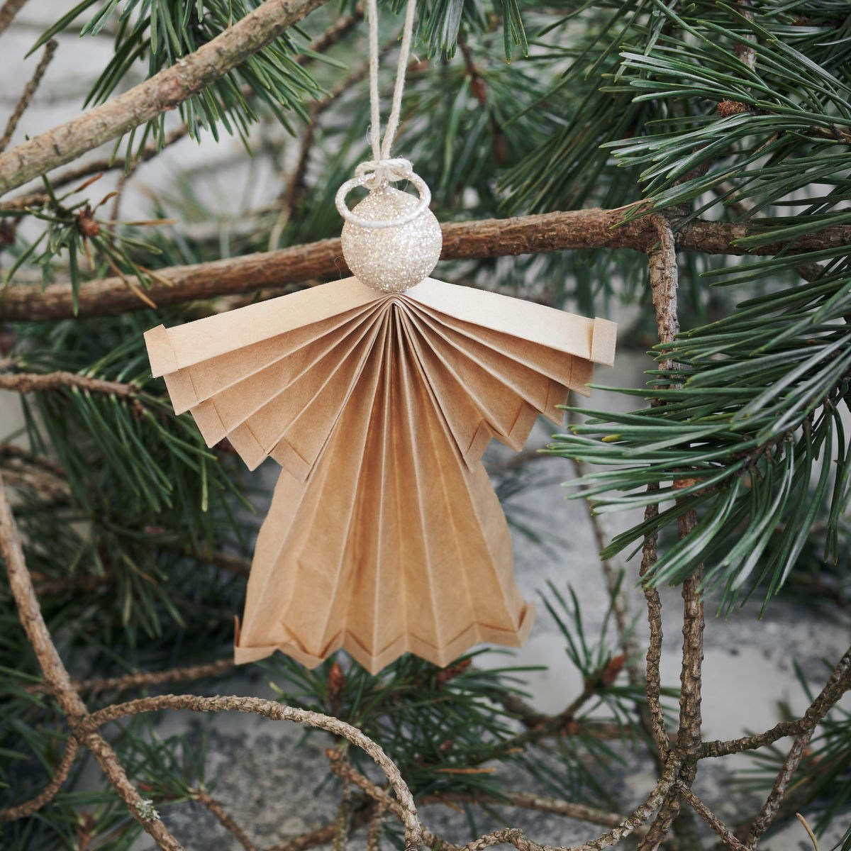 Vánoční ozdoba papírový anděl ANGELS 24 cm přírodní_1