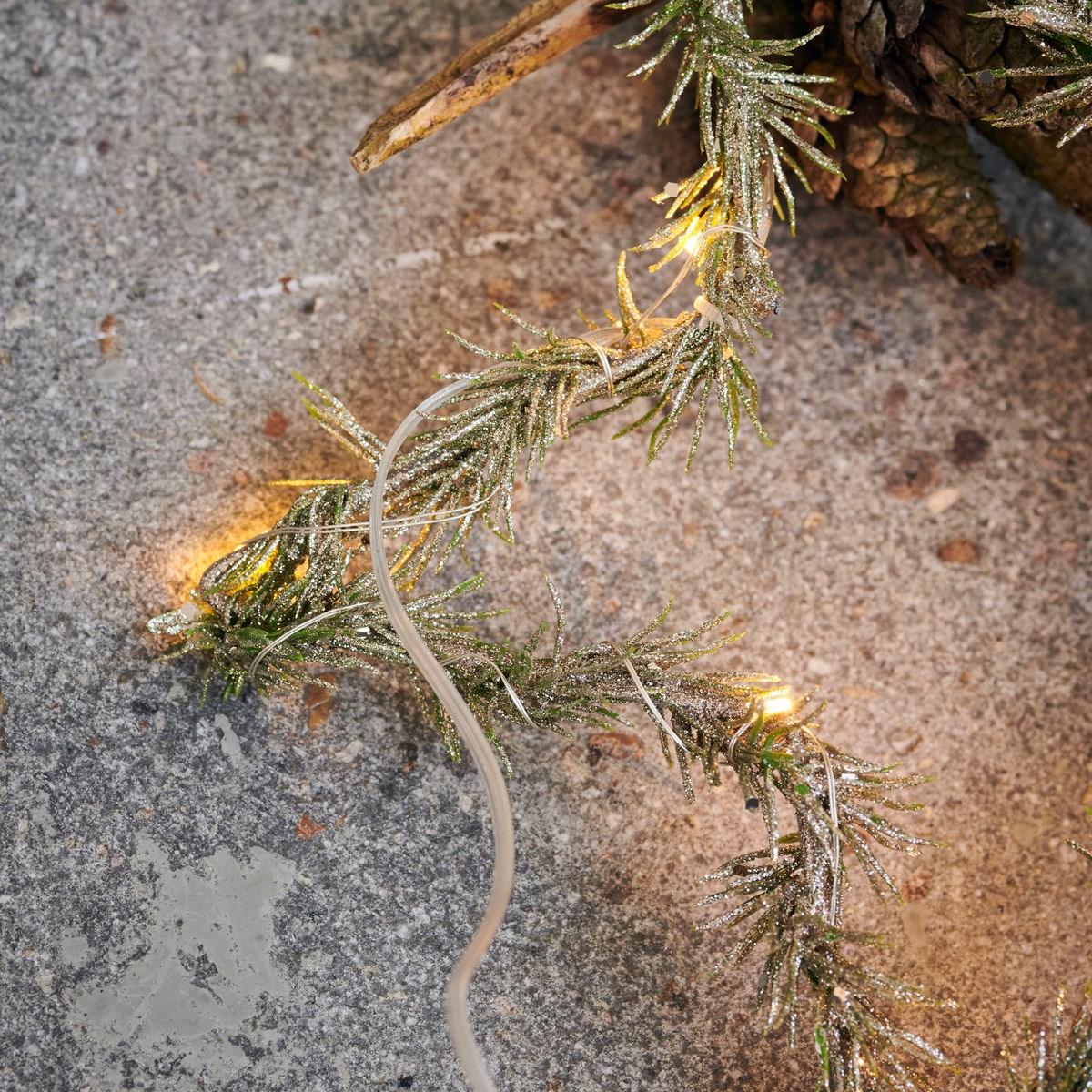Svítící věnec hvězda z větví STAR 10LED /25 cm zasněžený_1
