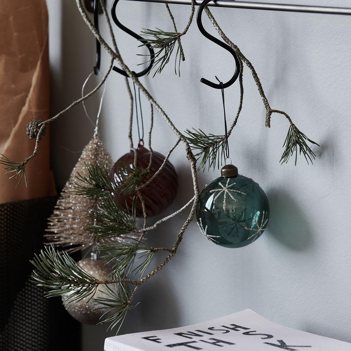 Vánoční ozdoba STAR Green 8 cm koule zelená_3