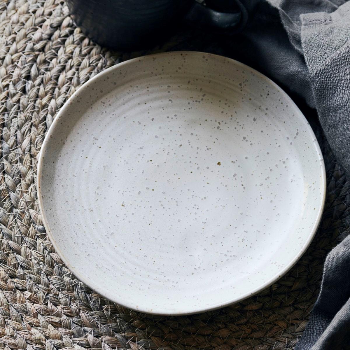 Dezertní talíř PION 16,5 cm šedobílý_0